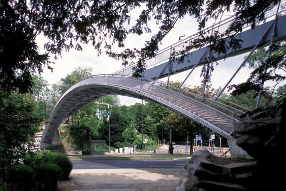 Passerelle de la Woluwe 2001 - Bureau d'Etudes NEY & Partners (Pierre Blondel Architectes, Jean-Marc Simon, Laurent Ney)