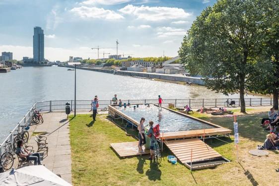 Badeau, Laeken, 2016 by Pool is Cool with Au bord de l'eau