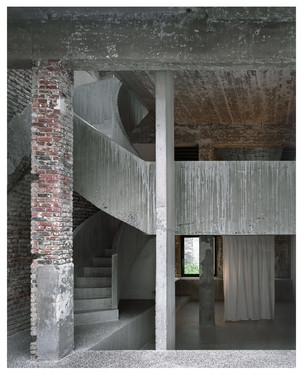 A loft by a practice.
