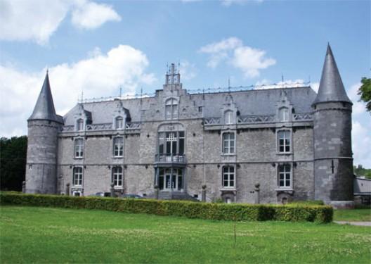 Atelier d'architecture Nicola Prebenna, Réhabilitation du Château de Seilles en 19 appartements