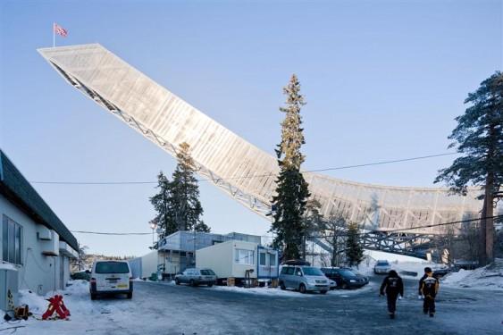 Holmenkollen Ski Jump par JDS Architects