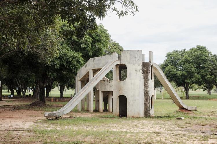Architects at Play à Lisbonne