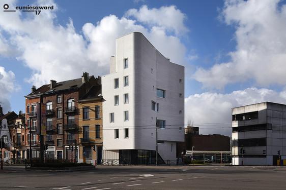 Navez - 5 logements sociaux comme entrée Nord de Bruxelles par MSA & V+