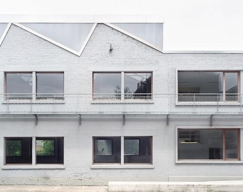 Ateliers pour artistes, par Atelier d'architecture AIUD