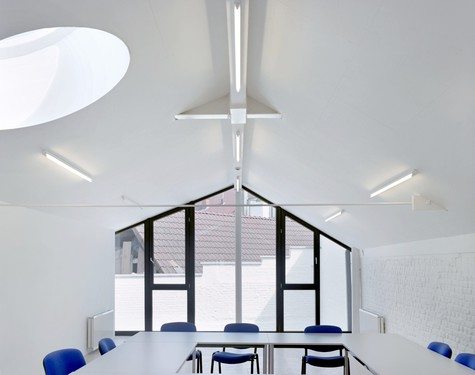 Maison de quartier Navez, par Vanden Eeckhoudt - Creyf Architectes