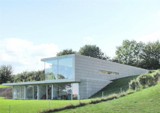 Maison privée Villa Arra / NFA (Nicolas Firket Architects ...
