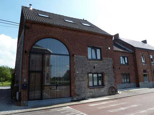 Bury transformation d 39 une grange co next architectes for Architecte bruxelles