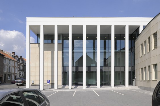 Hotel de police jodoigne syntaxe architects wallonie for Hotel de police